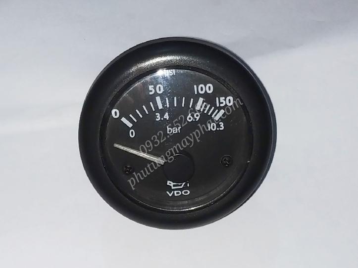 Đồng hồ báo áp suất dầu class=